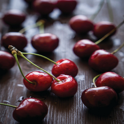 ashleigh-burwood-black-cherry-geurlamp